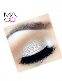 MAGU_Sombra Liquida Glitter Glow–Ushas_01 Maquillaje Ecuador